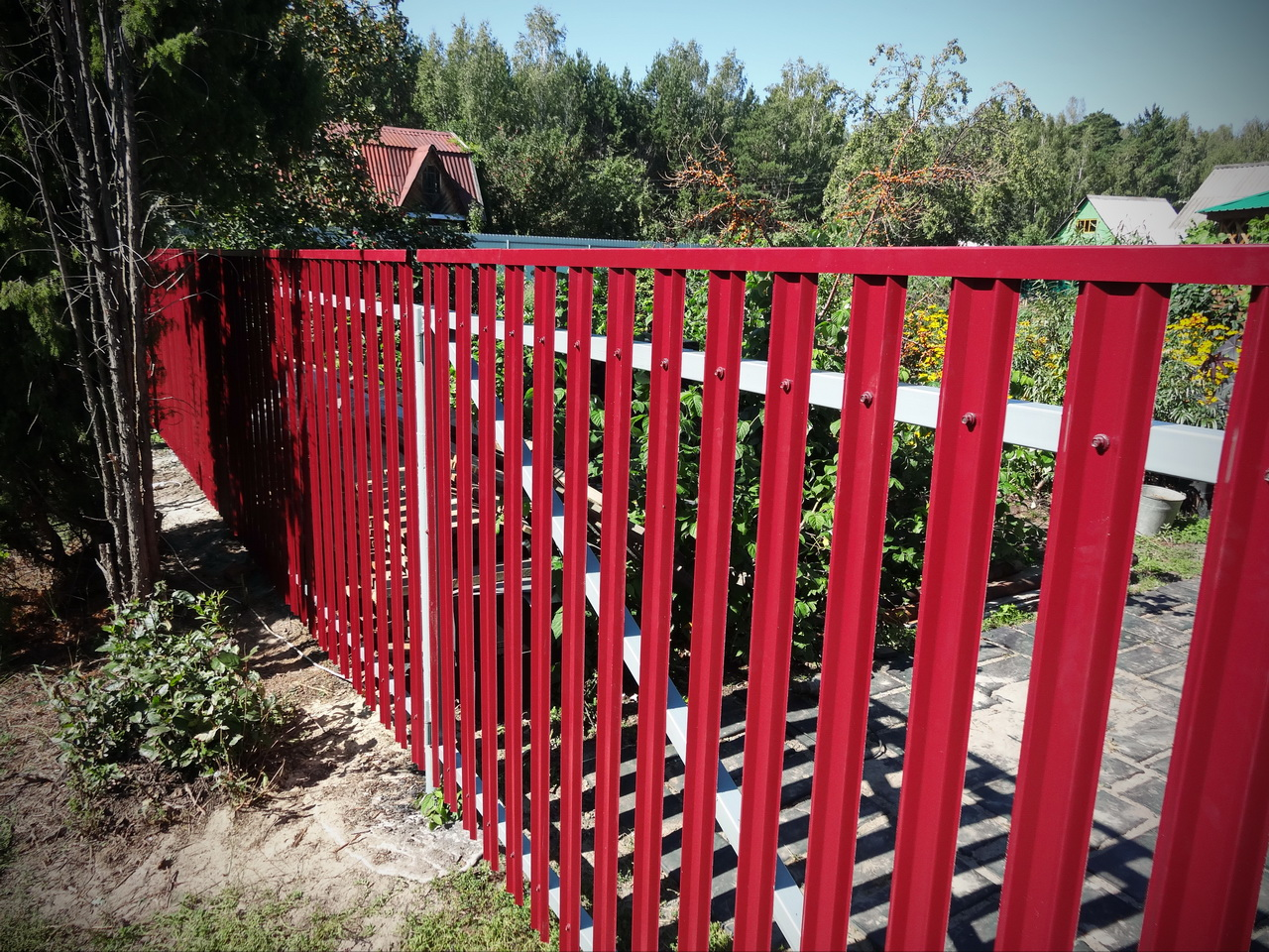 metal-lath-fences-11